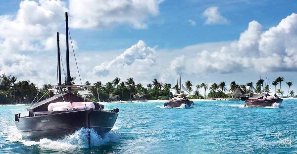 Safari Island Resort Maldives And Luxury Boats