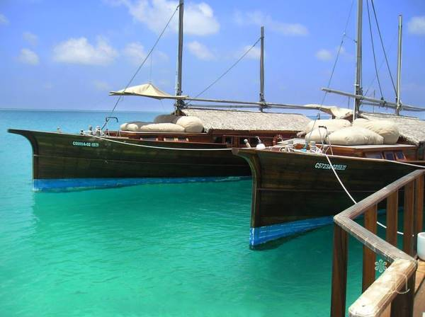The Luxury Boats returned to the island and stays at the jetty.
