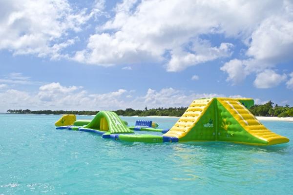 floating aqu park 4