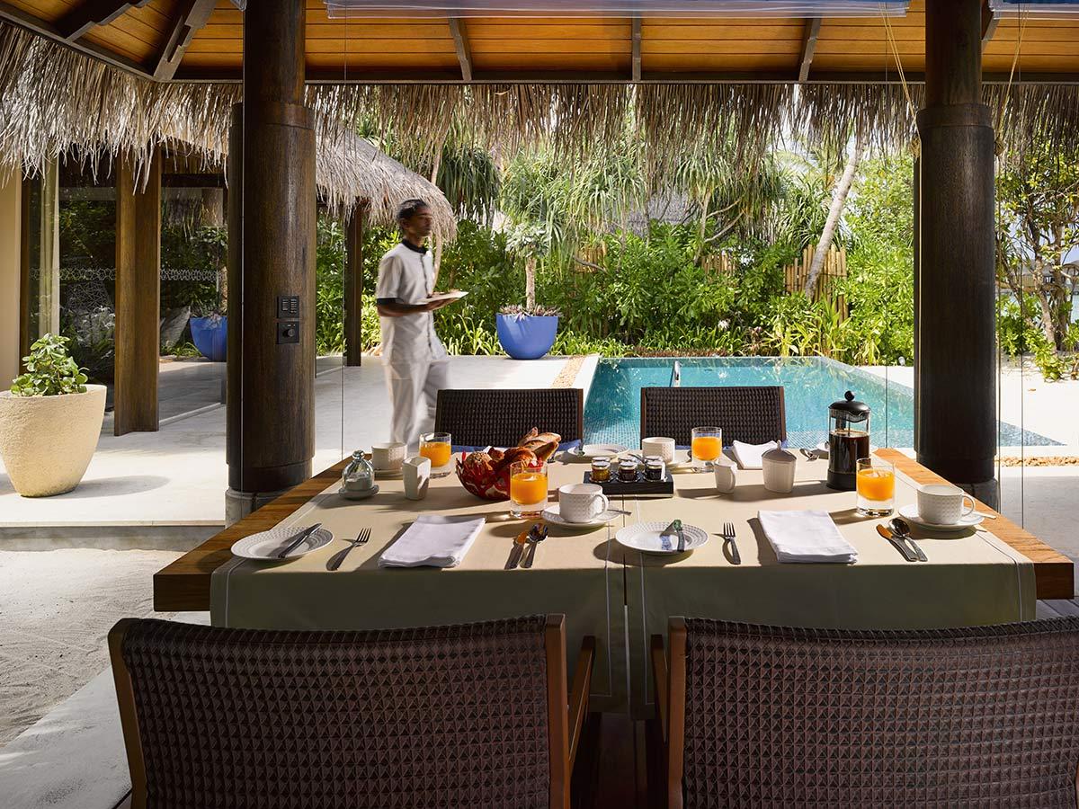beach pool villa 4