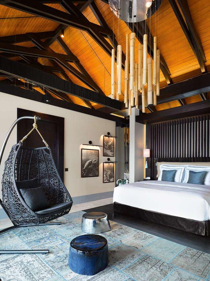 romantic pool residence 10