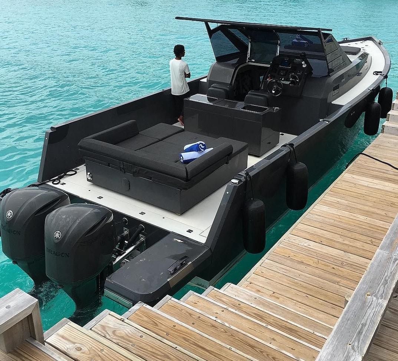 amilla fushi boat