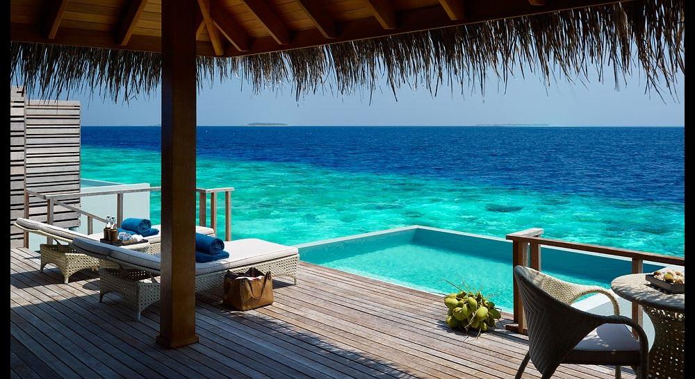 lagoon-water villa private deck