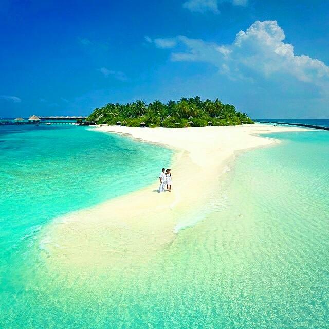 Maldives Beach: Get Some Vitamin Sea In The Maldives