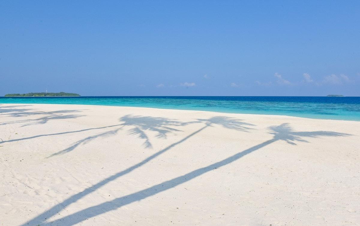 milaidhoo beach 2