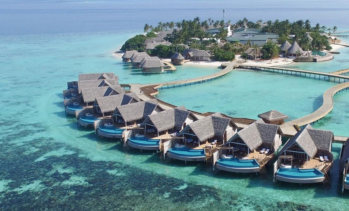 milaidhoo water villas