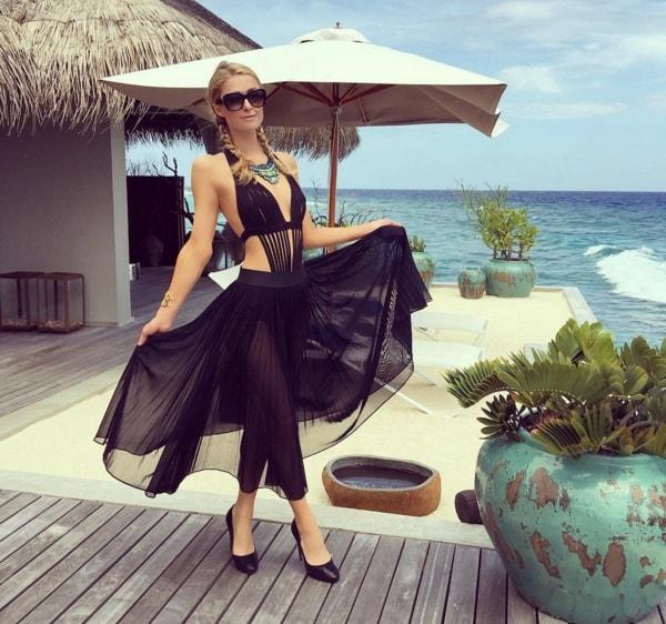 Paris hilton visits maldives on her birthday for Hilton hotels in maldives