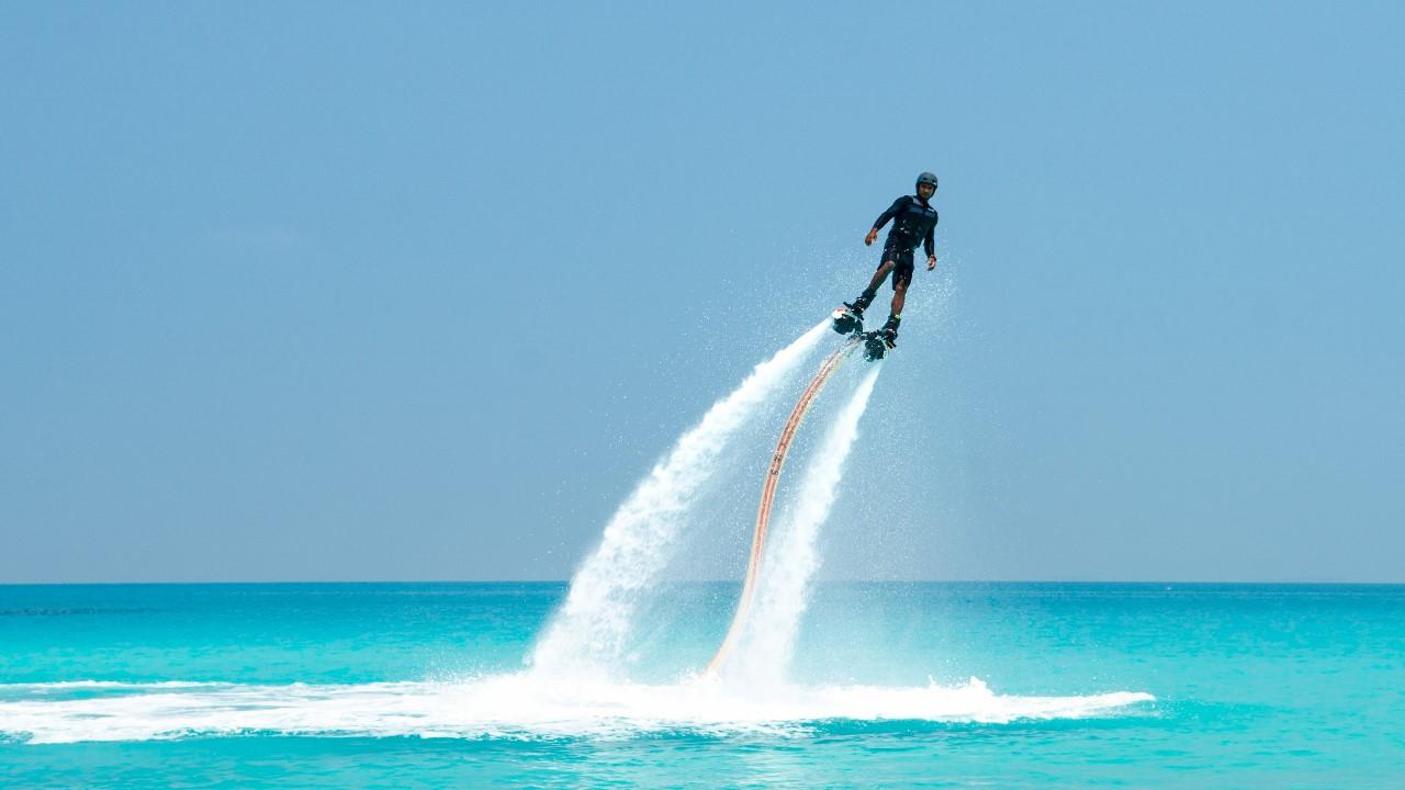 finolhu flyboarding
