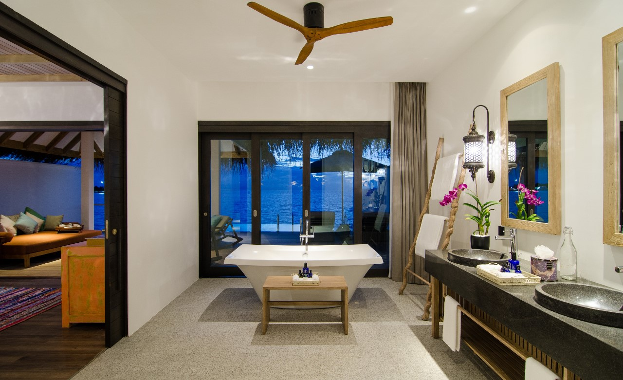 finolhu ocean pool villa