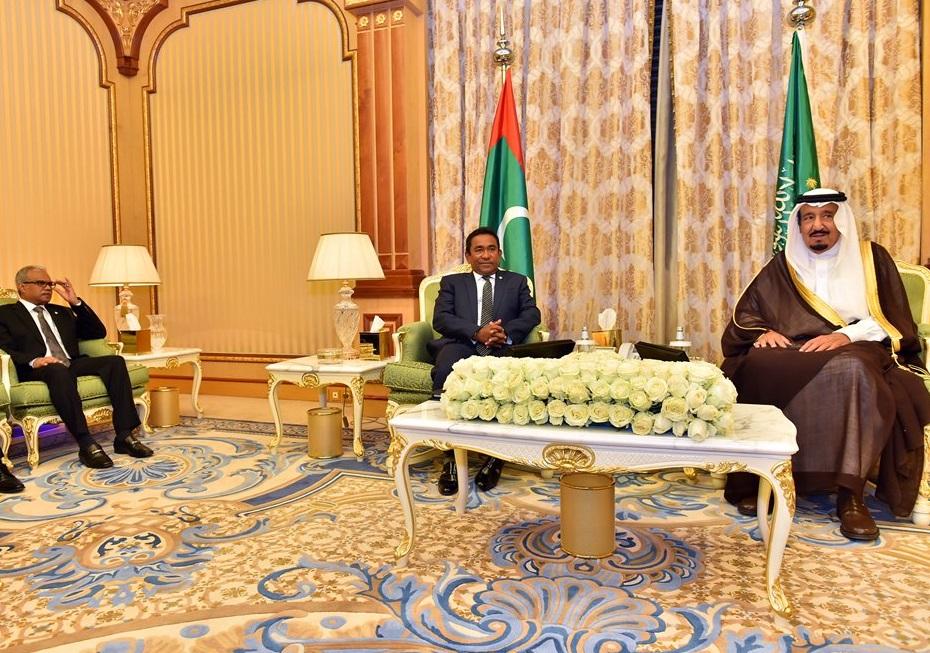 president-yameen-with-saudi-king
