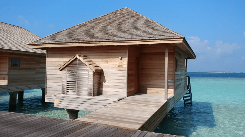 hurawalhi ocean villa