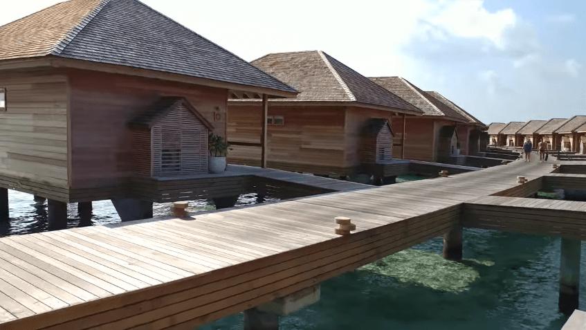 ocean villa jetty