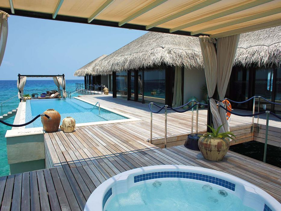velaa private island ocean pool house