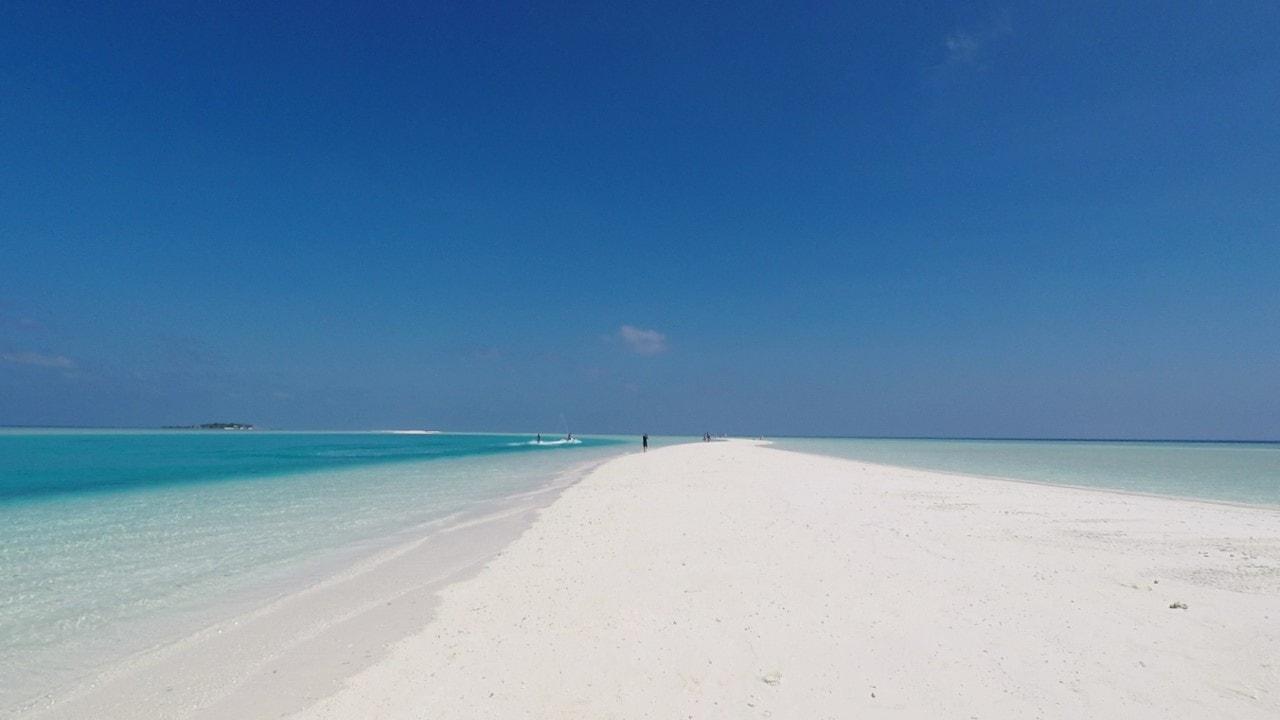 amazing beach madivaru