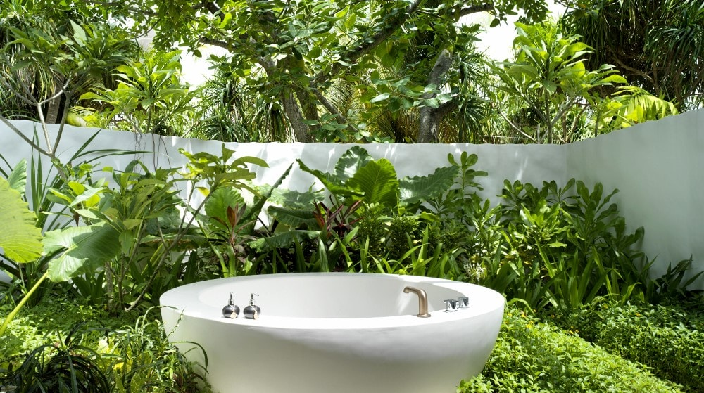 Beach Villa Premium Bathroom Outdoor