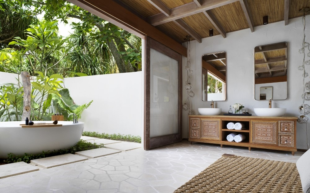 Beach Villa Premium Bathroom