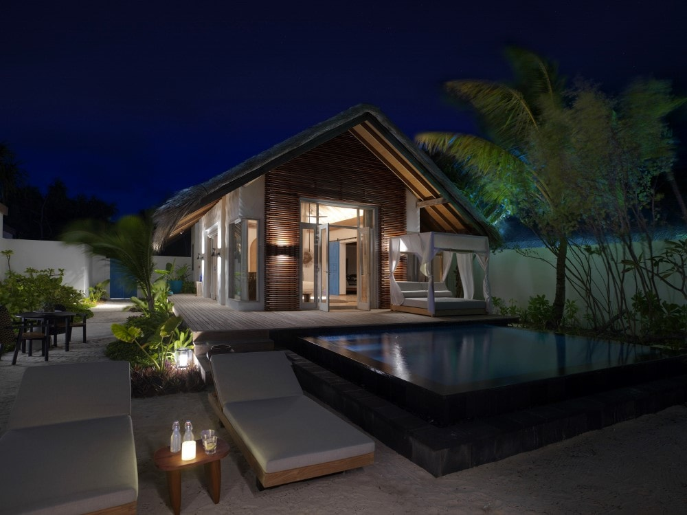 Beach Villa Premium Exterior Evening