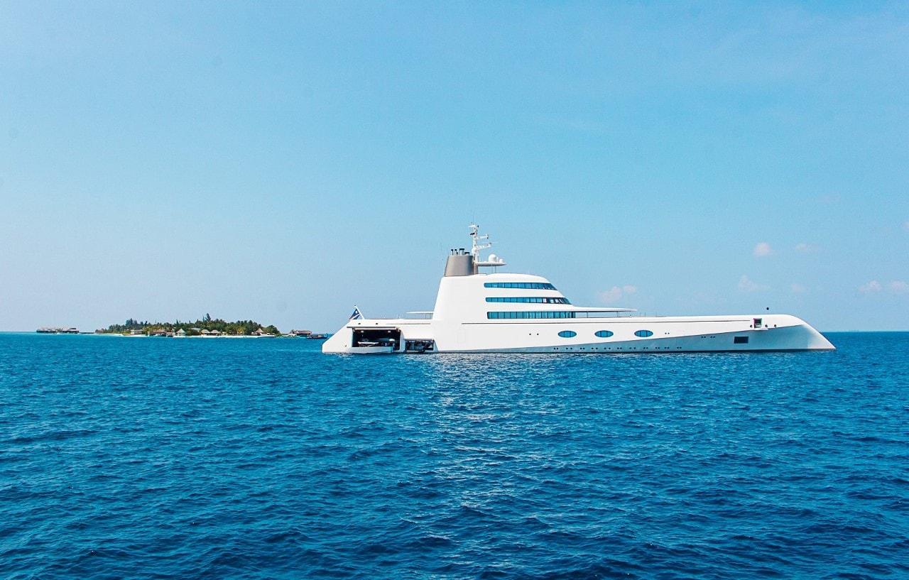 motor yacht A near Jumeirah Vittaveli Maldives