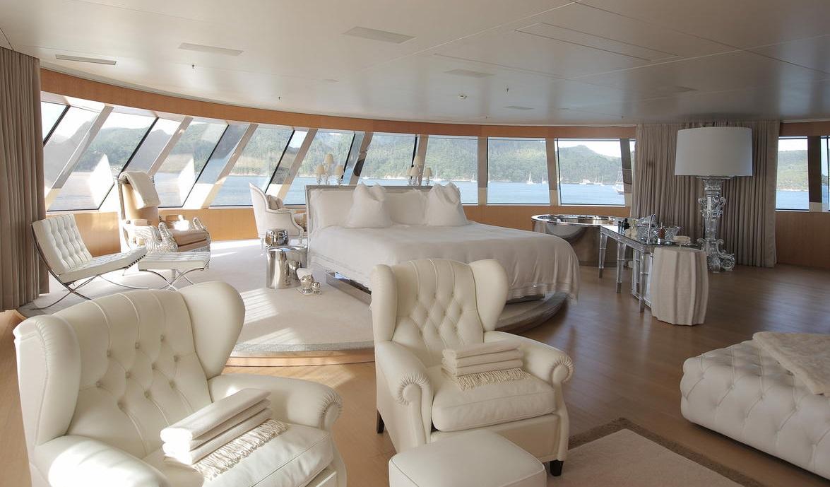 motor-yacht-a-interior