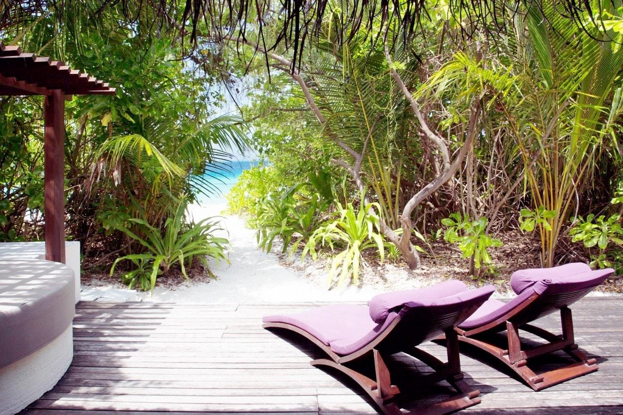 coco bodu hithi island villa beach