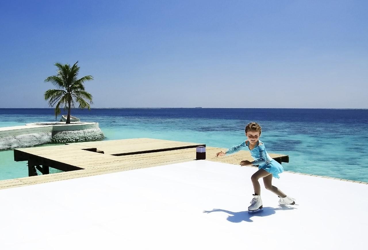 ice skating maldives