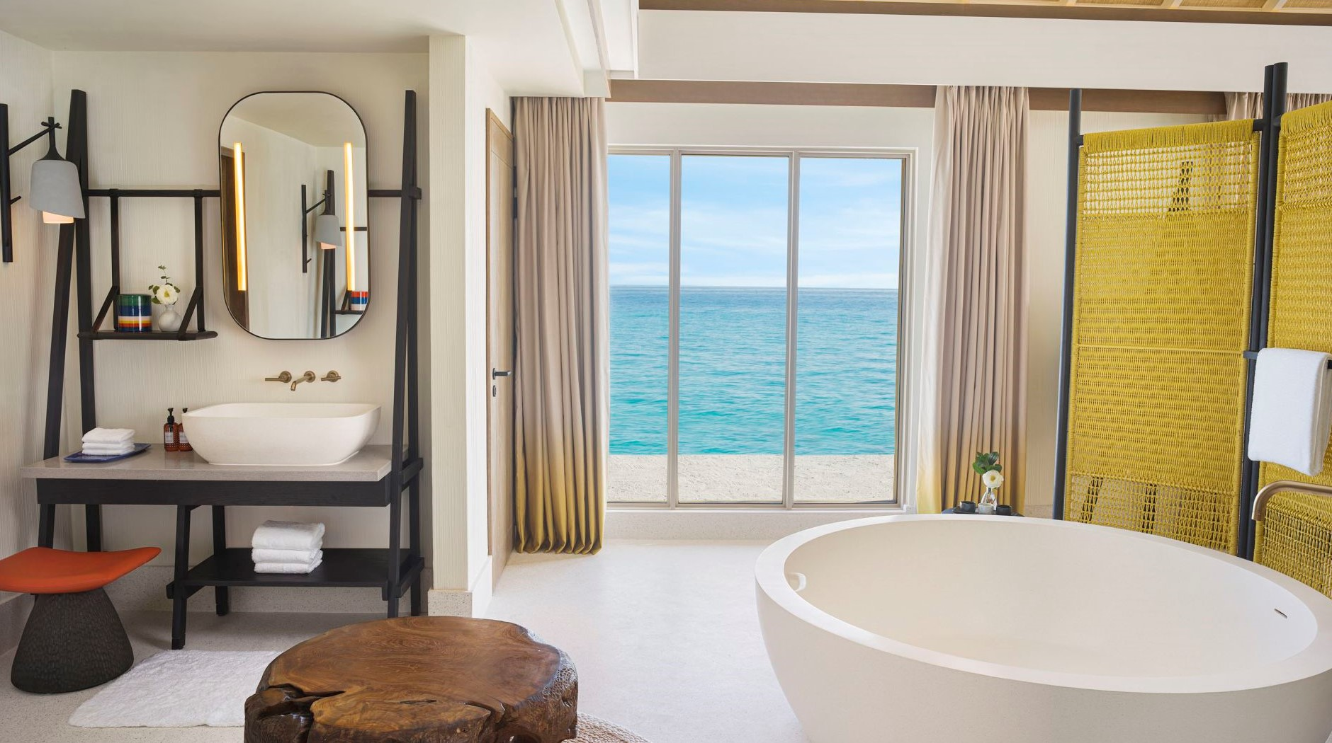 InterContinental Maldives 3 Bedroom Lagoon Residence bathroom