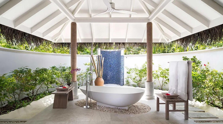 anantara beach villa bathroom