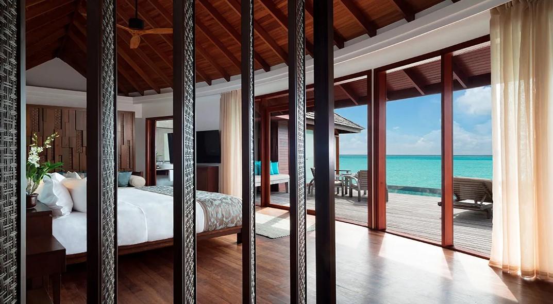 anantara overwater pool suite