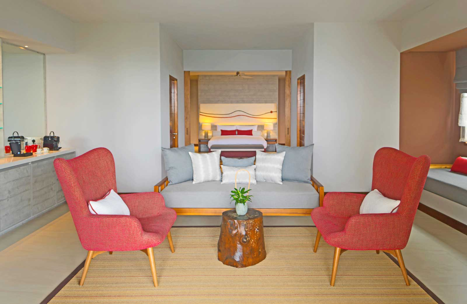 beach suite with pool 2