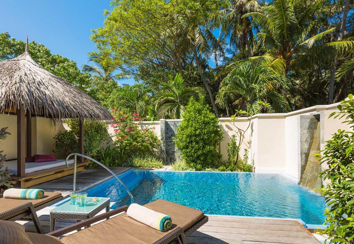deluxe-pool-villa-2