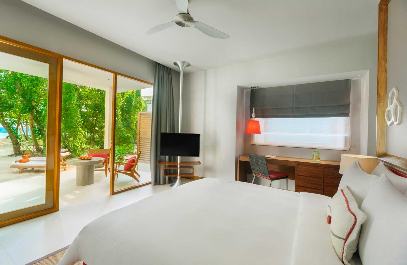 dhigali-beach-bungalow-interior