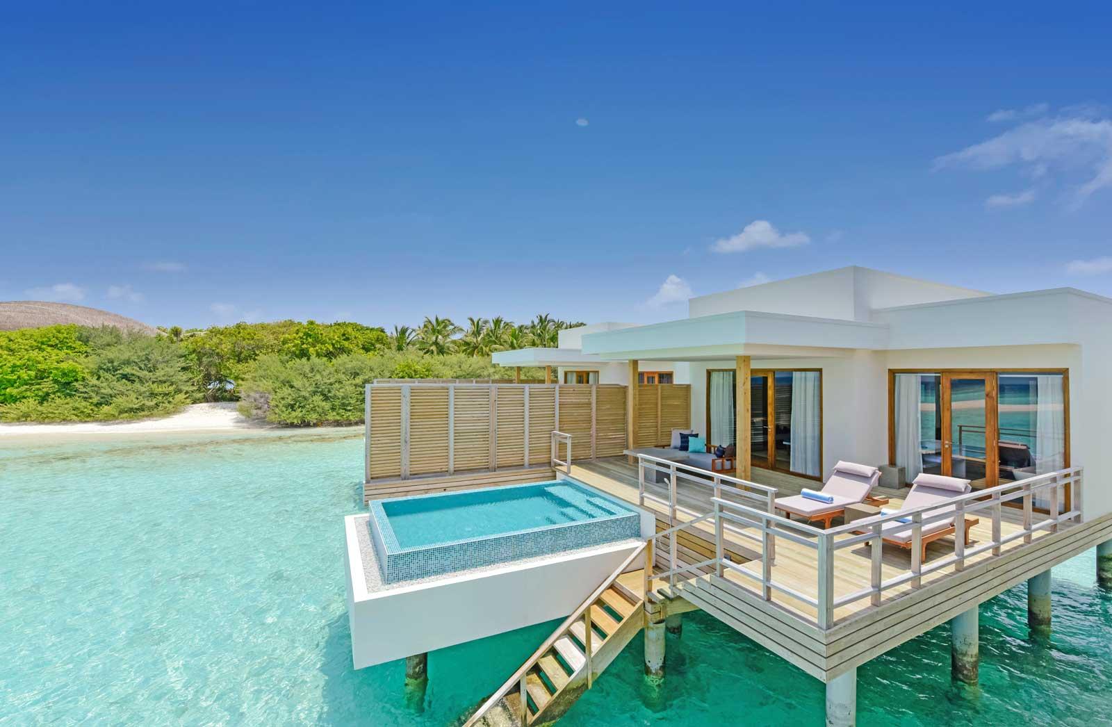 dhigali lagoon villa with pool