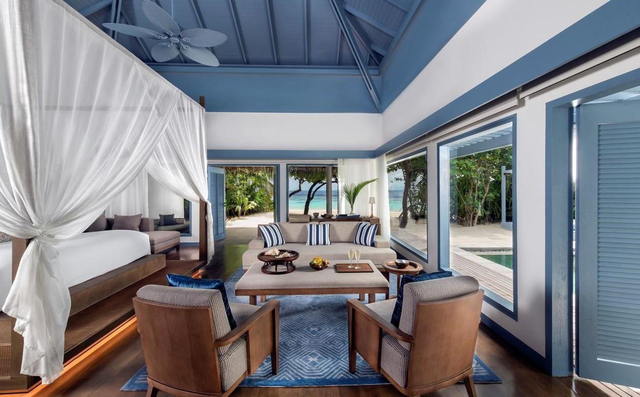 raffles maldives beach villa