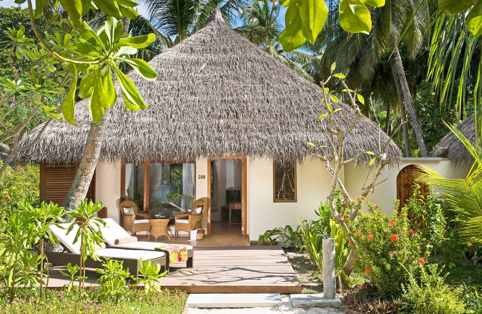 kuramahi-deluxe-beach-villa